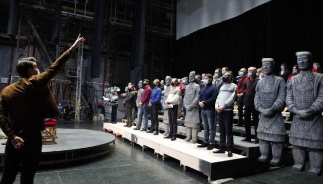 Photo of Львовская опера посвящает врачам премьеру «Турандот»
