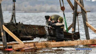 Photo of В Запорожье на дне Днепра нашли пушечный лафет времен казачества