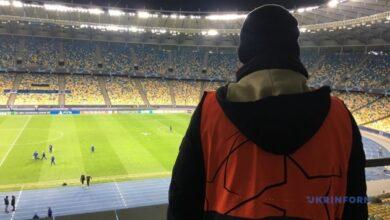 Photo of Билетов не продавали, Месси не приехал