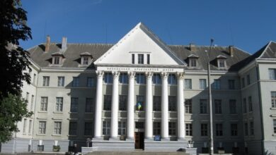 Photo of В Луцке готовят «Музейный дворик» для ценителей искусства