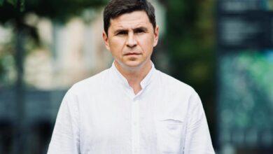 Photo of Подоляк обвиняет Порошенко в продолжении «злобной миссии раскалывает»