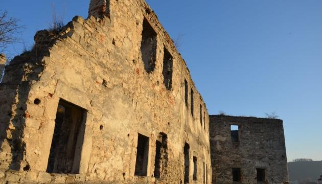 Photo of Чертковский замок хотят восстановить к 500-летию города