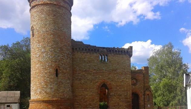 Photo of На Черниговщине восстанавливают башню графов де Бальменов