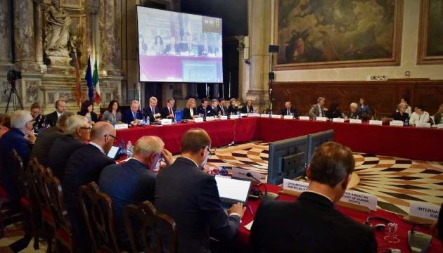 Photo of Рекомендации Венецианской комиссии относительно КСУ можно имплементировать по пунктам — Подоляк
