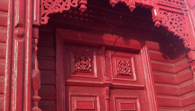 Photo of В Чернигове сняли 20 промо-роликов о «деревянное кружево» города