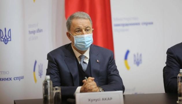 Photo of Украина важна для стабильности в Черноморском регионе — министр обороны Турции